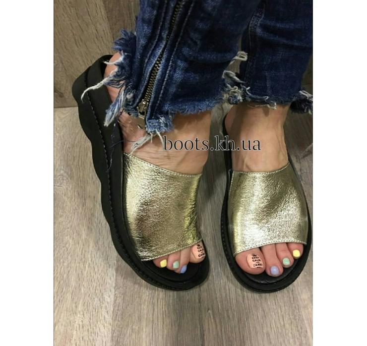 Женские кожаные сабо Teona Gold
