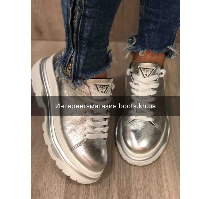 Женские кожаные кроссовки на платформе GUESS silver