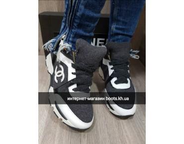 Женские кроссовки в стиле Chanel