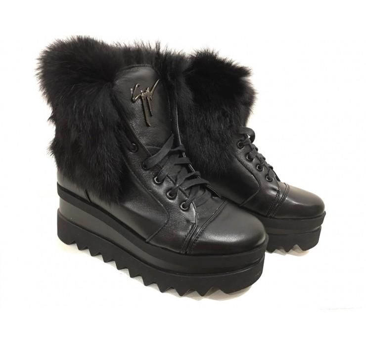 Женские Кожаные Зимние Ботинки на Тракторной Подошве