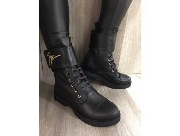 Женские кожаные демисезонные ботинки в стиле Zanotti
