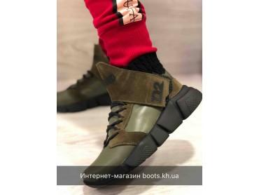 Женские кожаные зимние кроссовки D2