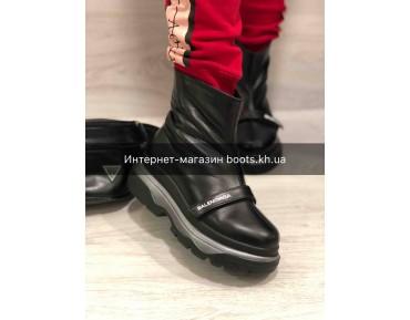 Женские кожаные  зимние ботинки в стиле Balenciaga Black
