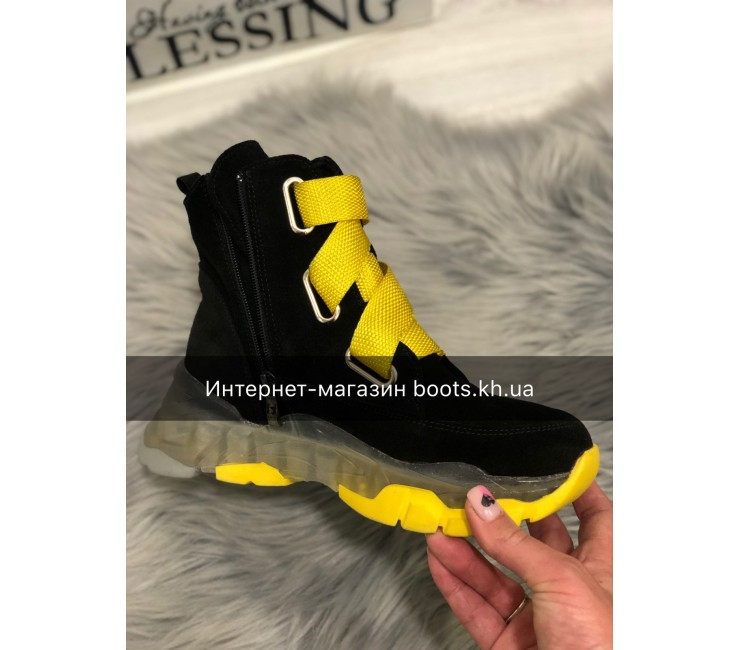 Жіночі замшеві черевики Neon
