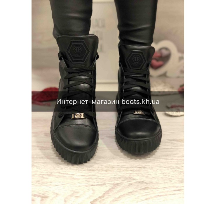 Женские кожаные ботинки в стиле P.Plein