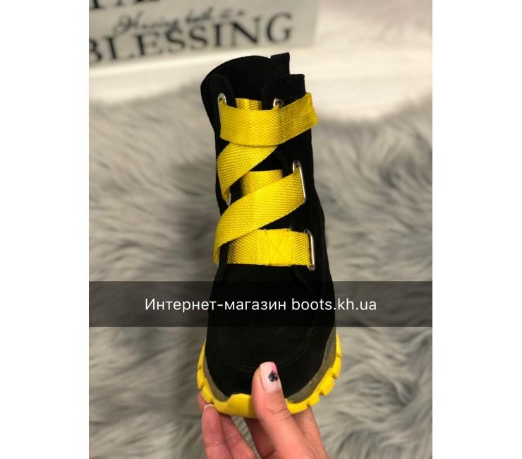 Женские замшевые ботинки Neon